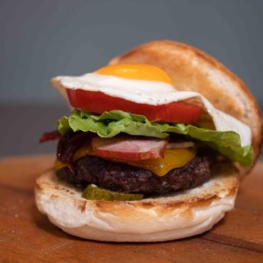 Montreal Burger (Pork)